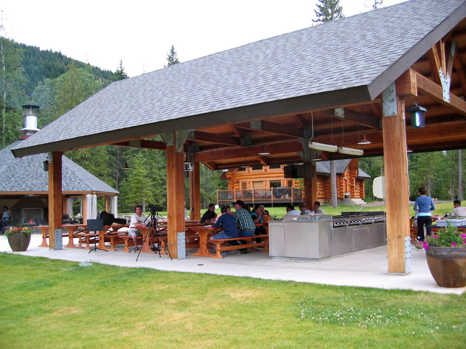 Dining Alpine Meadow Resort Clearwater Bc