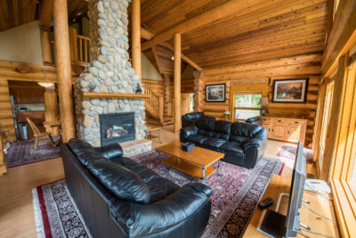 3 Bedroom Log Suite at Alpine Meadow Resort