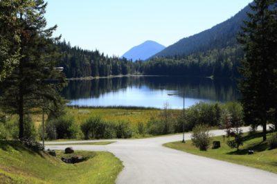 Alpine Meadows Resort walking path