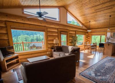 Alpine Meadows Resort honeymoon suite